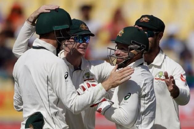 IND vs AUS: ઓસ્ટ્રેલિયાના 300 સામે ટીમ ઇન્ડિયા 332 રનમાં ઓલ આઉટ, જુઓ ફુલ સ્કોર