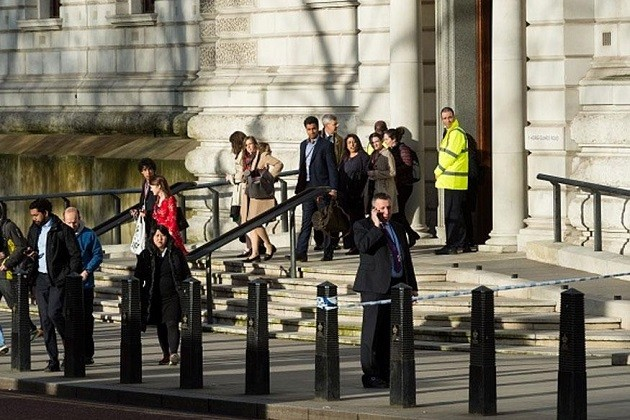પહેલા પણ ભોગ બની ચુક્યુ છે સેંટ્રલ લંડન,2005માં થયા હતા સીરિયલ બ્લાસ્ટ