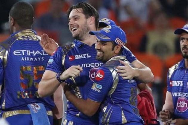 IPL-10: વિજેતા બન્યા બાદ રોહિતે કર્યો ખુલાસો, છેલ્લી ઓવરમાં બોલરને કહ્યુ હતી આ વાત