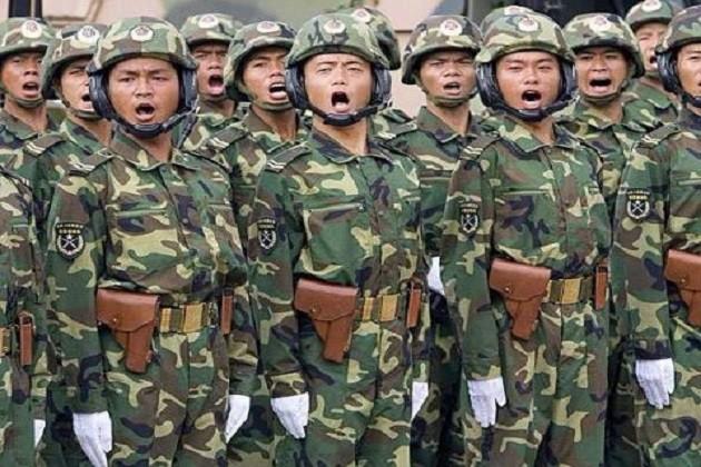 ડોકલામની નજીક હજુ સુધી છે 1000 ચીની સૈનિકોનો કાફલો, બનાવી રહ્યાં છે રસ્તો